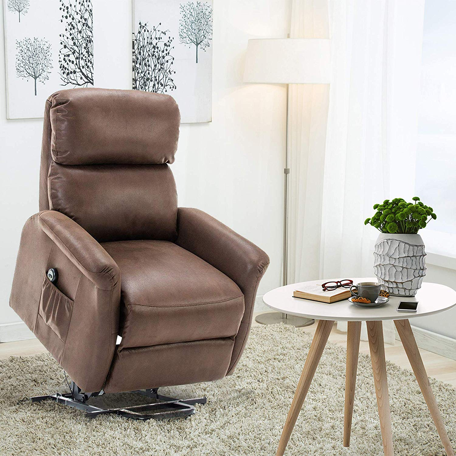 Top 10 Reclining Chairs For Elderly 2019 Reviews Amp Guide