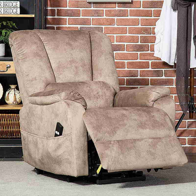 Top 10 Electric Recliner Chairs for the Elderly - 2020 ...